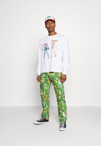 Levi's® - LEVI'S® X POKÉMON LS UNISEX TEE - Long sleeved top - white - 1