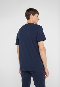 J.CREW - BROKEN IN CREW - T-shirt basic - navy - 2