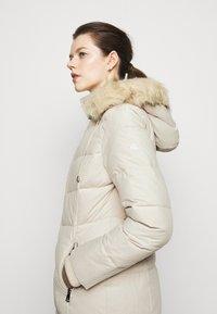 Lauren Ralph Lauren - HAND COAT HOOD - Down coat - moda cream - 4