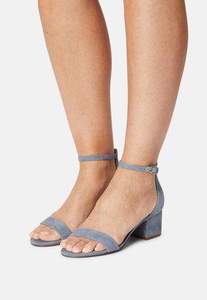 IRENEE - Sandals - lavender