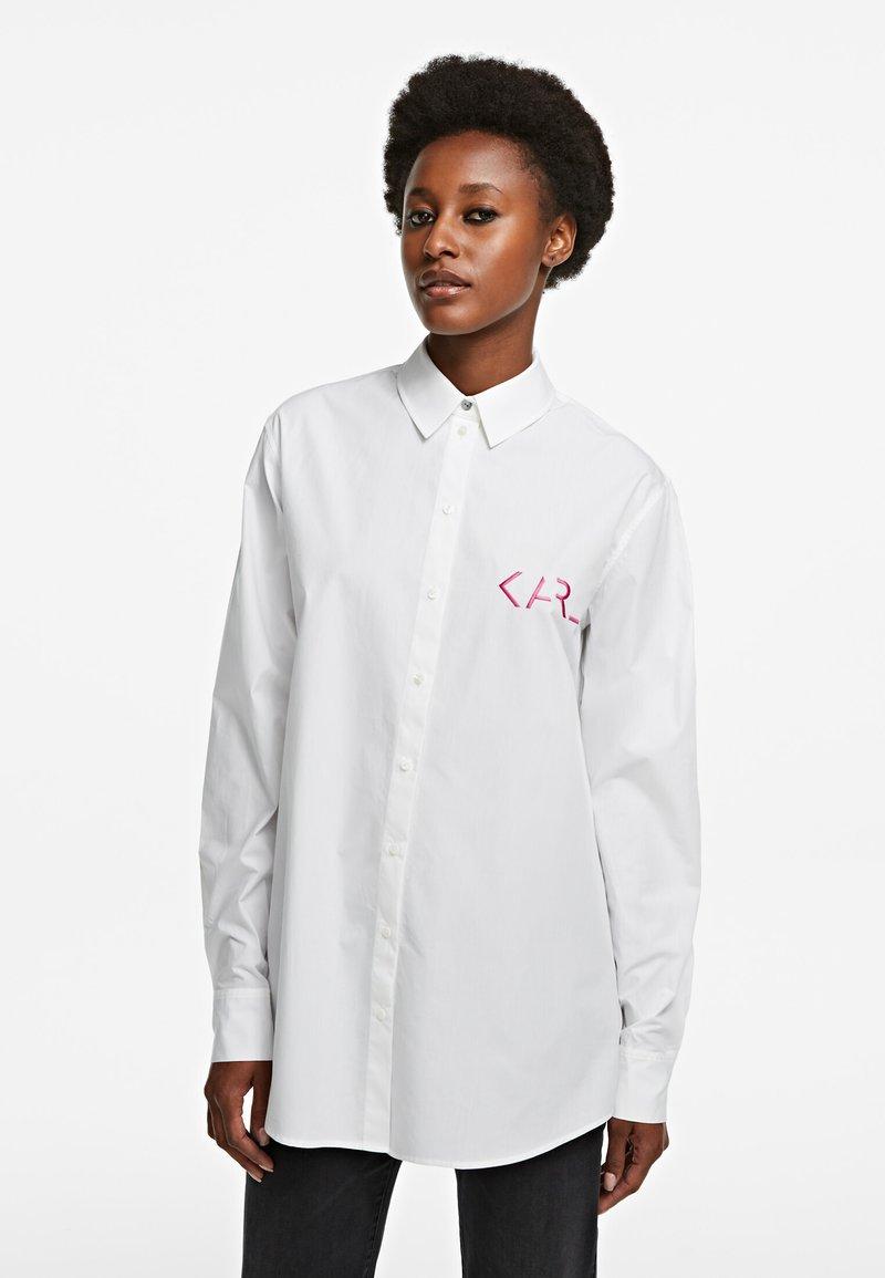 KARL LAGERFELD - LEGEND - Button-down blouse - white