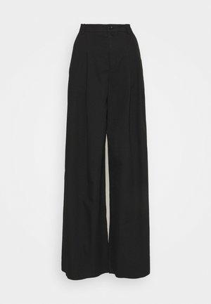 ELATE - Trousers - schwarz