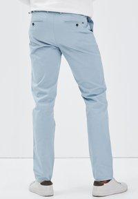 BONOBO Jeans - INSTINCT - Chino - bleu ciel - 2