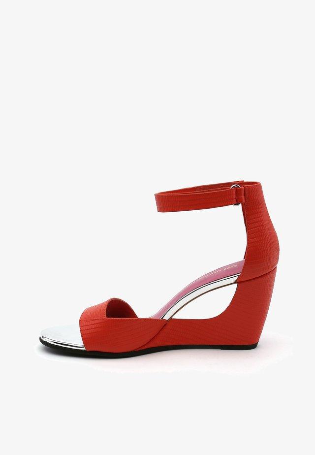BELLA II - Sandalen met sleehak - coral pink