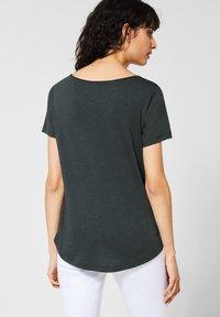Street One - Basic T-shirt - green - 2