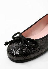 Pretty Ballerinas - KYLIE - Baleríny - black - 6