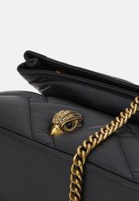 Kurt Geiger London - KENSINGTON SOFT FOLD BAG - Taška spříčným popruhem - black - 3