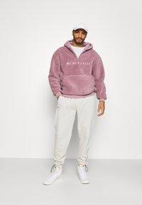 Topman - DUSTY BORG HOOD - Sweater - lilac - 1