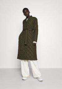 Bruuns Bazaar - AZAMI LINETTE COAT  - Winter coat - green night - 1