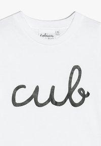 Tobias & The Bear - BABY CUB TEE - Print T-shirt - white - 3