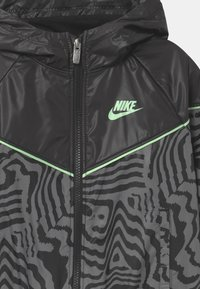 Nike Sportswear - WINDRUNNER  - Kurtka sportowa - black - 2
