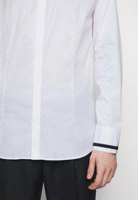 Neil Barrett - TUXEDO GROGRAIN TAPE COLL - Shirt - white/black - 5