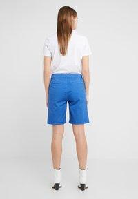 CLOSED - HOLDEN - Shorts - bluebird - 2
