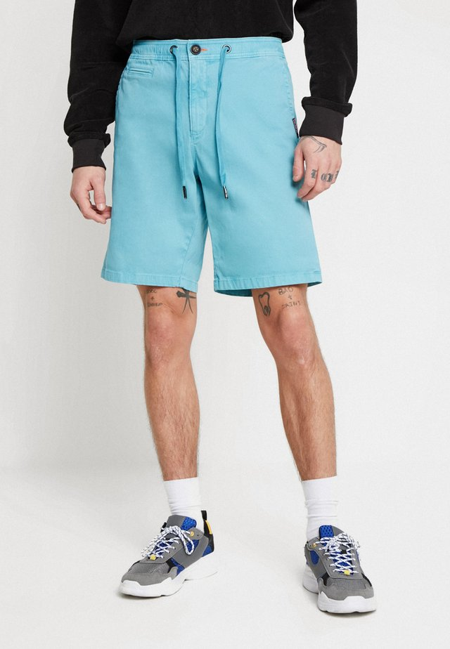 SUNSCORCHED - Shorts - glacier blue
