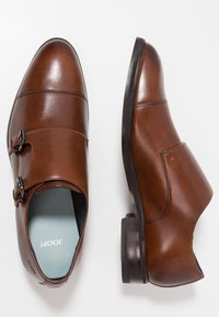 JOOP! - KLEITOS MONK - Smart slip-ons - cognac - 1