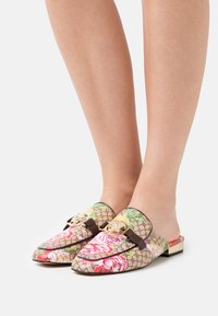 River Island - Mules - pink bright - 0