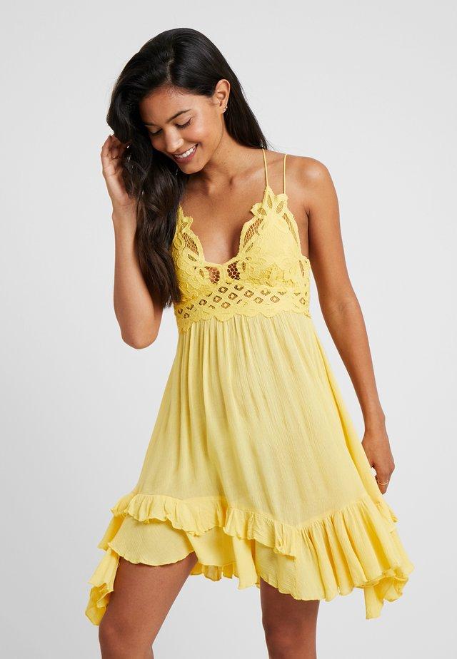 ADELLA  - Vestido informal - yellow