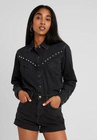 Levi's® - DORI WESTERN - Button-down blouse - black sheep - 0