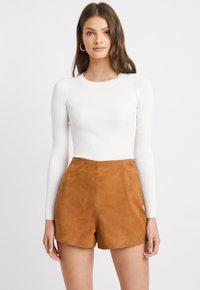 Kookai - Shorts - camel - 0
