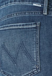 Mother - LOOKER ANKLE FRAY - Jeans Skinny Fit - blue denim - 4