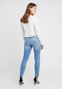 ONLY - ONLCORAL - Jeans Skinny Fit - light blue denim - 2