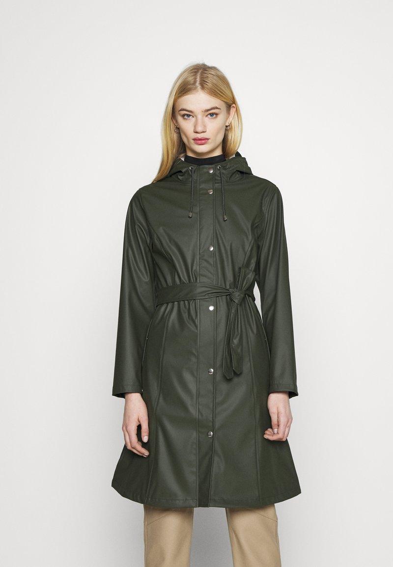 KnowledgeCotton Apparel - JASMINE LONG RAIN JACKET - Waterproof jacket - forrest night