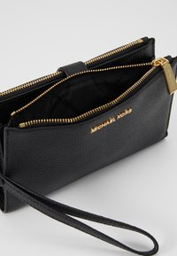 MICHAEL Michael Kors - MERCER PEBBLE - Portefeuille - black - 6