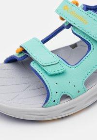 Columbia - YOUTH TECHSUN VENT UNISEX - Walking sandals - aquarium/bright marigold - 5
