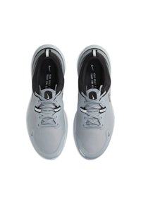Nike Performance - REACT MILER - Neutrala löparskor - wolf grey/black/pure platinum/metallic silver - 1