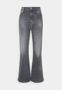 HARPER FLARE ANKLE - Flared Jeans - tova grey