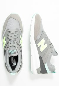 New Balance - 009 - Zapatillas - grey - 3