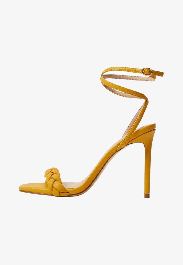 TREN - Sandalen met hoge hak - moutarde