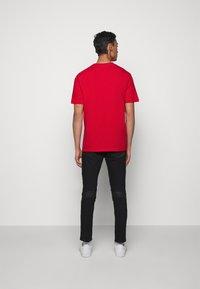 HUGO - DIRAGOLINO - Basic T-shirt - open pink - 2