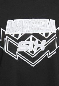MM6 Maison Margiela - Long sleeved top - black - 6