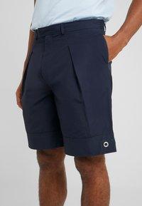 Tonsure - STANLEY - Shorts - dark navy - 5