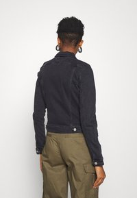 Tommy Jeans - VIVIANNE SLIM TRUCKER - Denim jacket - bird black stretch - 2