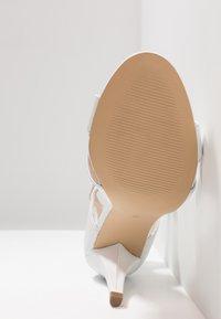 KIOMI - High heeled sandals - white - 6