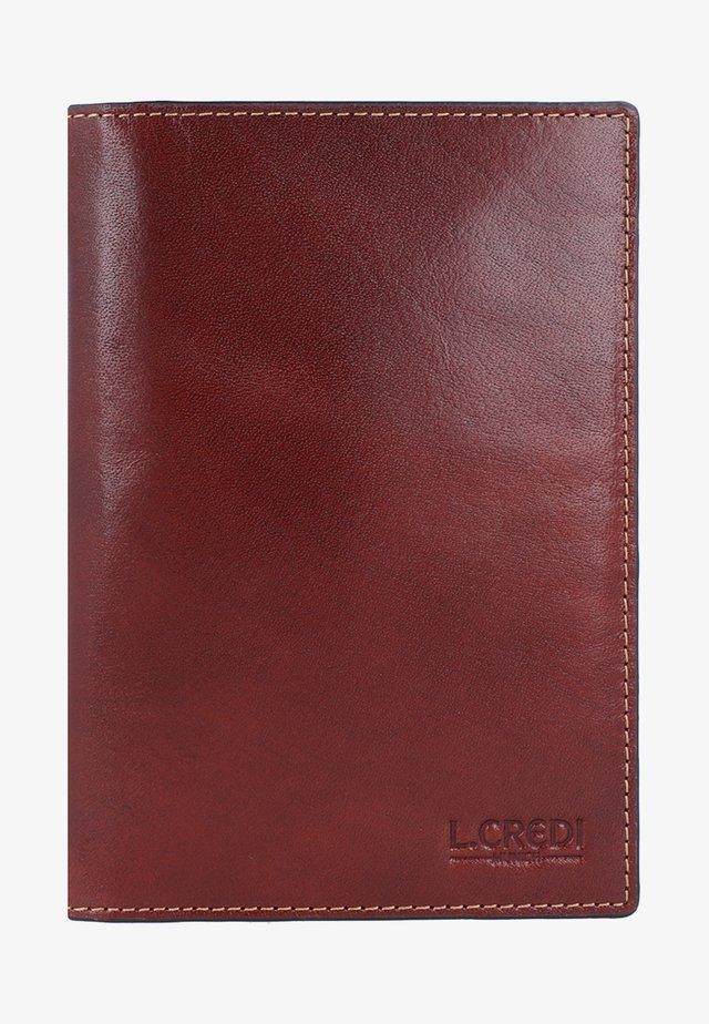 TOSCANA  - Passport holder - cognac