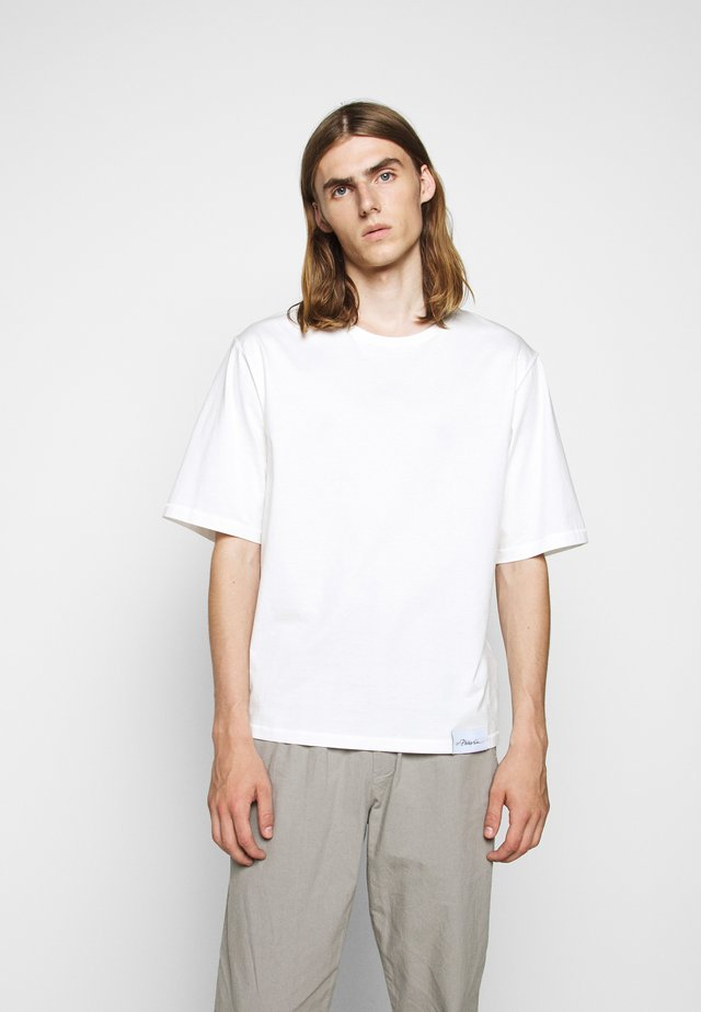 OVERSIZED BOXY CREWNECK TEE - T-Shirt basic - off-white