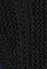 NIKKIE - KARISSA CROCHET HALTER - Top - black - 2