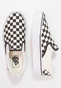 Vans - CLASSIC PLATFORM - Loaferit/pistokkaat - black/white - 6