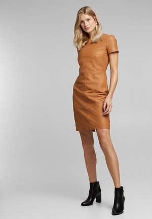 Cocktail dress / Party dress - camel