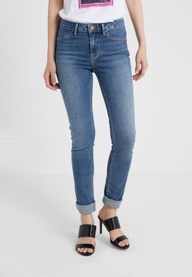 JOLIE THINKTWICE - Jeansy Skinny Fit - light blue