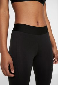 adidas Performance - ESSENTIALS SPORT INSPIRED COTTON LEGGINGS - Trikoot - black/white