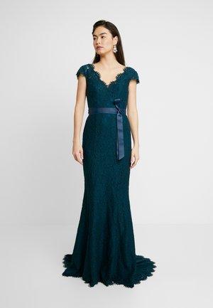 ALARA CAP - Společenské šaty - emerald