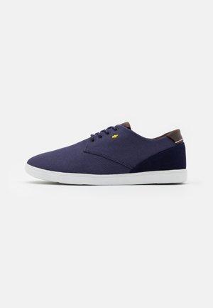 HENNING - Sneakers laag - navy