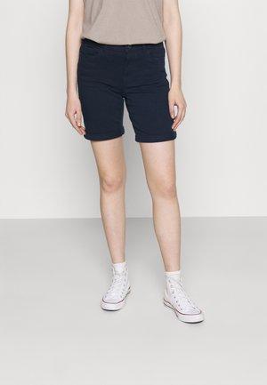 VMHONNISEVEN LONG FOLD - Denim shorts - navy blazer