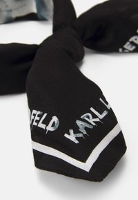 KARL LAGERFELD - GRAFITI LOGO SCARF - Foulard - black/white - 2