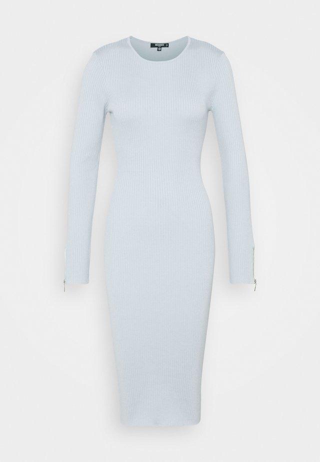 ZIP DETAIL MIDI DRESS - Sukienka dzianinowa - blue