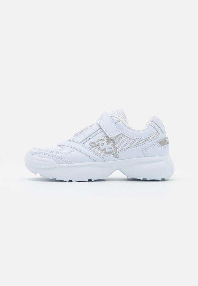 KRYPTON UNISEX - Sportovní boty - white